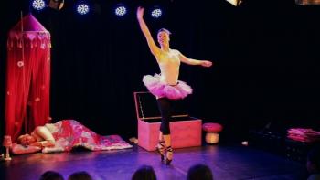 Little Doll Dance Company-  Droom ik?