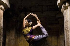 Indiase dans